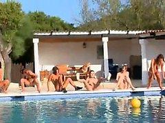 girl group sex lesbian