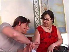 isoäidit karvainen italialainen