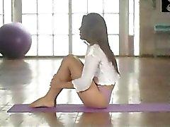 gros seins gym strip-tease massage