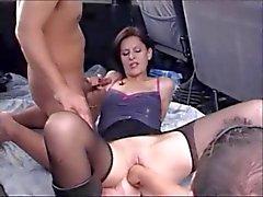 amateur mari trompé viol collectif de plein air nudité en public