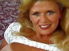 Hot tan-lined milf takes it all