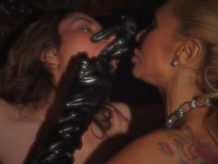 lesbian domination squirting