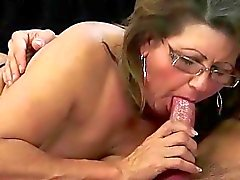 aged blowjob cock sucking sex hungry moms fellation fuck