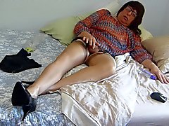 gay crossdressers masturbation small cocks