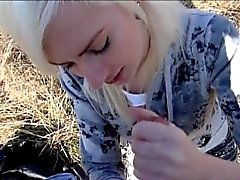 amateur blond pipe éjaculation