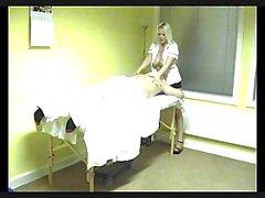 blond massage gros seins
