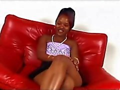 musta ja ebony pornotähti pienet rinnat