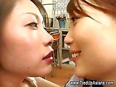 aziatisch fetisch fisting gouden douche