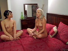 girl on girl öpme lezbiyen
