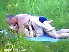 plage échéance nudité en public