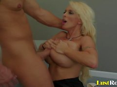 big natural tits blondes blowjobs