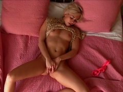 babe blonde european fingering