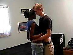amatör svart och ebenholts hanrej hardcore interracial