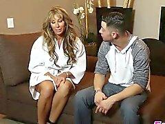 gros seins blond pipe éjaculation massage