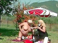 bbw big boobs blondine