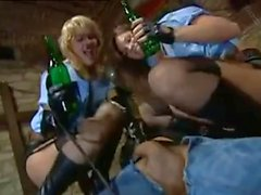 threesomes tits